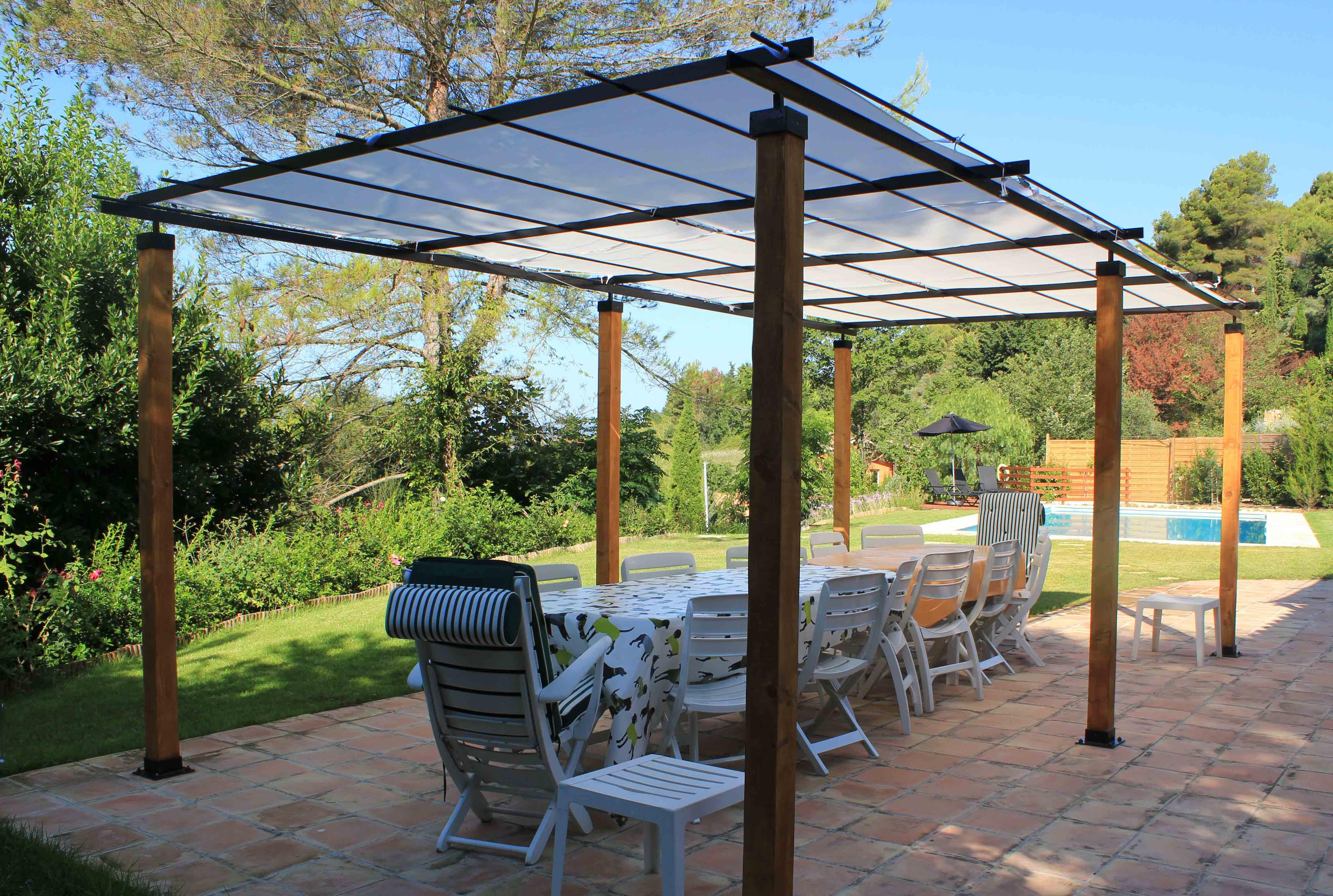 Mougins villa canelle aya appartmentsaya appartments for Terrace pergola