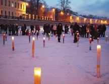 by-Yuriy-Lobachev_Ice-candles-in-Moika-river_15-02-2012
